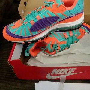 sale retailer f1d8d 17049 Nike air max 98 cone NWT